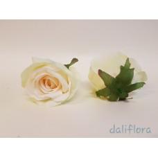 Dirbtinių rožių žiedai. Spalva žalsvai kreminė