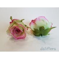 Dirbtinių rožių žiedai. Spalva žalsva su ružavu krašteliu