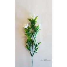 Dirbtiniai gėlių žiedai. Spalva balta