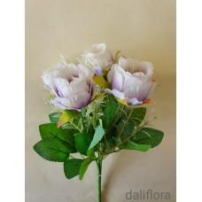 Dirbtinių rožių puokštė. Spalva balta su violetine