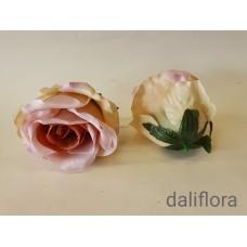 Dirbtinių rožių žiedai. Spalva ružava - pastelinė