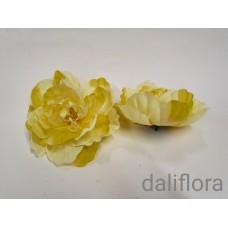 Dirbtinių rožių žiedai. Spalva žalsva