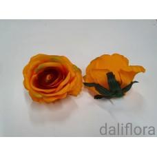 Dirbtiniai rožių žiedai. Spalva oranžinė su rudu viduriuku