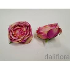 Dirbtiniai rožių žiedai. Spalva balta su rausva