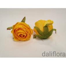 Dirbtiniai rožių žiedai. Spalva ryškiai geltona