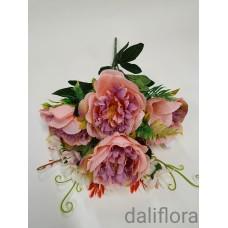 Dirbtinių gėlių puokštė. Spalva ružava su violetiniu viduriuku