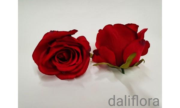 Dirbtinių rožių žiedai. Spalva raudona